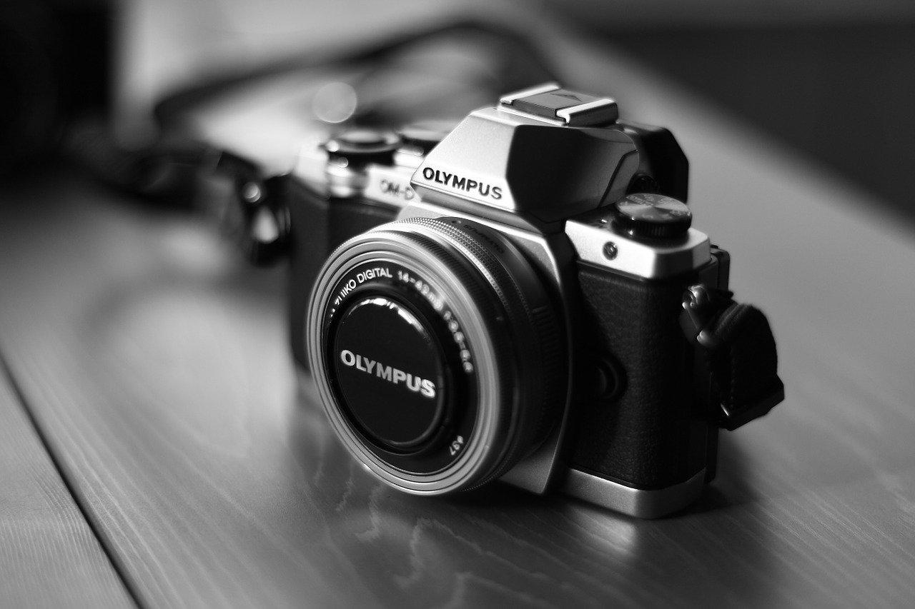 カメラ転売で1万円の利益を出せるオススメ商品【仕入れ解説】